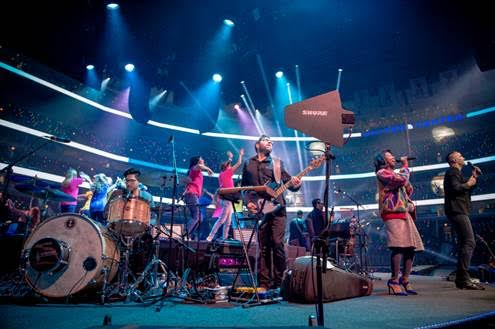 Willow Creek's 40-year Celebration at Chicago's United Center Relies